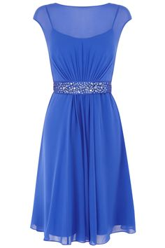 A truly sumptuous short gown perfect for any extra special occasion. perfect for a Pear shape.