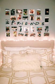 15 bed rooms for teenage women that are beyond cool. These teen lady bedroom concepts make certain to inspire your next DIY task. #white #❤ Pins We Lo... Girls Bedroom, Teenage Girl Bedrooms, Bedroom Decor, Bedroom Ideas, Wall Decor, Decor Room, Bedroom Designs, Master Bedroom, Teen Rooms