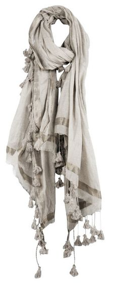 I'm not one for scarves but I love this! Look Boho, Bohemian Style, Boho Chic, Vetements Clothing, Quoi Porter, Textiles, Unique Outfits, Eclectic Style, Fashion Accessories