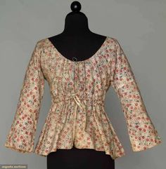PRINTED SHORT GOWN, c. 1800