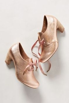 Rutherford Oxford Heels in Rose Gold Booties, Anthropologie. High Heels Outfit, Shoes Heels, Heels Outfits, Oxford Heels Outfit, Oxford Booties, Pretty In Pink, Gold Shoes, Shiny Shoes, Metallic Shoes