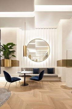 One of the most recognized interior design projects created by Cochrane Design is the Chelsea Townhouse, marvelous luxury home with modern interior design. Best Interior, Modern Interior Design, Interior Architecture, Asian Interior, Contemporary Interior, Luxury Interior, Lobby Interior, Gold Interior, Minimalist Interior