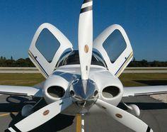 Cirrus SR22...fantastic airplane!!