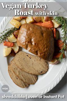 Vegan Turkey, Seitan Recipes, Leftover Turkey Recipes, Vegan Roast, Meat Substitutes, Bariatric Recipes, Tasty Bites, Meal Prep For The Week, Roasted Turkey
