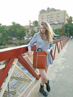 Mochila convertible en bolso lona lavada teja | Etsy Convertible, Prepping, Style, Fashion, Roof Tiles, Backpack, Trends, Swag, Moda