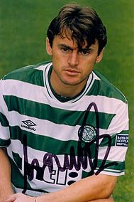this guy signed for celtic for an unbelievable piece of business, only downside was he didn't sign for us at an earlier age, he was 33 but still what a couple of seasons he gave us! i give you Lubomir Moravcik! Football Shirts, Football Team, Steven Page, Celtic Fc, Sport Man, Lady And Gentlemen, Glasgow, Champs, Gentleman