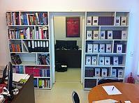 Bücherregale, 2 Stück, günstig kaufen und gratis inserieren auf willhaben.at!