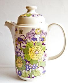 Figgjo Norway // Victoria Design // Coffee Pot // Turi Gramstad Oliver