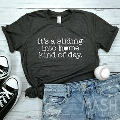 Over 15 baseball mom shirts for game day or that end of year tournament! Every proud sports mom needs at least one good baseball tee. Baseball Mom Shirts, Baseball Quotes, Baseball Games, Baseball Tournament, Baseball Season, Baseball Tips, Baseball Jerseys, Baseball Field, Baseball Pictures