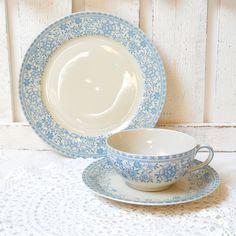 vintage tea cup, tea cup trio set, german porcelain, tea cups, tea trio, german teacup, blue. €19,50, via Etsy.