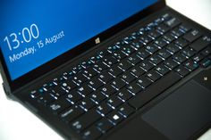 The moment I opened the box that Dell USA had sent me, the Dell XPS 12 took my breath away. The device shipped to me encased in its Premier Keyboard with Dell Premier Magnetic Folio, looked classy. If you are considering buying an ultrabook, you may want to read my hands-on review of Dell XPS 12 9250, from an end-users perspective.