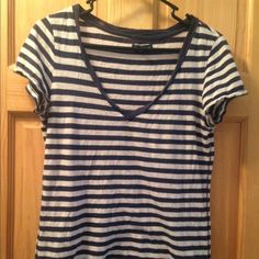 American Eagle Shirt Stripped shirt! ⭐️Has a bleach stain on back collor!! American Eagle Outfitters Tops Tees - Short Sleeve