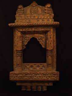 Vintage Niche Wood Try www.bringingitallbackhome.co.uk for Indian carvings, crafts and textiles...