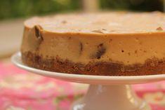 Karen's Kitchen Stories: Biscoff Cheesecake Biscoff Cheesecake, Biscoff Cookies, Cheesecake Recipes, Dessert Recipes, Party Desserts, Cake Cookies, Cookies And Cream, Cake Plates, Queso Blanco
