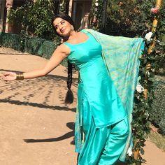 Bojpuri Actress Monalisa Hot in saree and Shalwar Kameez Beautiful Girl Indian, Beautiful Girl Image, Beautiful Indian Actress, Sexy Asian Girls, Indian Girls, Sexy Hot Girls, Punjabi Girls, Punjabi Dress, Dehati Girl Photo