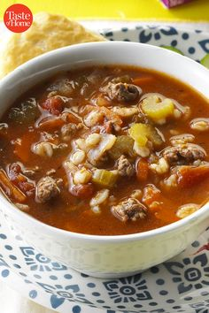 The Best Throwback Soups from the recipes healthy Beef Recipes, Soup Recipes, Cooking Recipes, Recipies, Recipes Dinner, Breakfast Recipes, Classic Soup Recipe, Chile, Albondigas