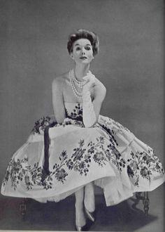 1957 Christian Dior