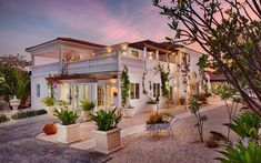Le Soleil d'Or located at Cayman Brac, primarily a dive destination and for the couples looking for seclusion