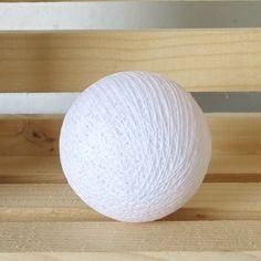 100 White Cotton Balls
