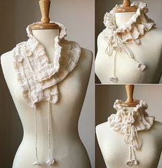 Victoriana scarfette