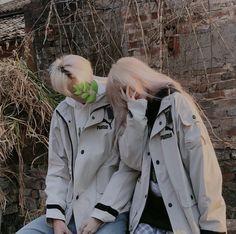 Ulzzang Korean Girl, Ulzzang Couple, Boys Vs Girls, Rain Jacket, Windbreaker, Raincoat, Couples, Hair Styles, Cute