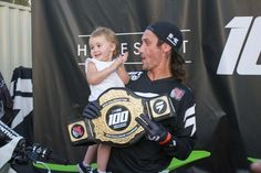 Hansen and his daughter at the 2017 Shift intro. Motocross Riders, Daughter, Motorbikes, My Daughter, Daughters