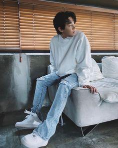 Lee Donghae, Leeteuk, Heechul, Henry Lau, Super Junior, Normcore, Singer, Instagram, Mochi
