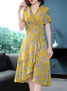 Shop Street Chiffon Floral Print A Line Dress at EZPOPSY. # Fashion dresses Street Chiffon Floral Print A Line Dress Trendy Dresses, Simple Dresses, Cute Dresses, Vintage Dresses, Casual Dresses, Fashion Dresses, Maxi Dresses, A Line Dresses, Floral Dresses