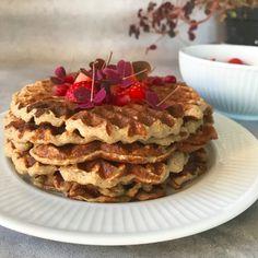 Healthy Cake, Healthy Desserts, Cake Recipes, Dessert Recipes, Danish Food, Frozen Treats, Love Food, Breakfast Recipes, Brunch