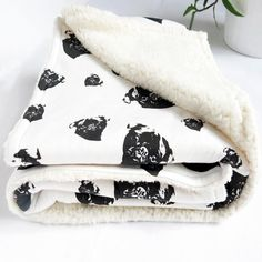 Organic Cotton Nursery Blanket With Pug Print, Baby Boy Blanket, Blanket For Baby Girls, Tummy Time Plush Baby Blankets, Baby Security Blanket, Gender Neutral Baby Clothes, Baby Warmer, Tummy Time, Baby Shower Gifts, Organic Cotton, Pug, Baby Girls