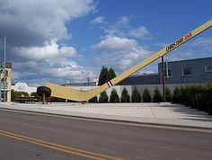 Eveleth, Minnesota: World's Largest Free-Standing Hockey Stick