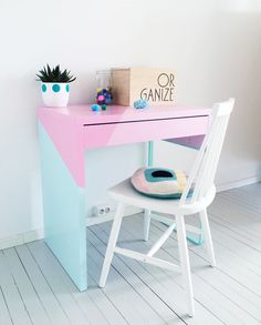 24 Best IKEA Desk Hacks To Need To Try :: a bold color block Micke hack in pastel shades with geometric touches is great as a small working space kids desk 24 Best IKEA Desk Hacks You Need To Try Ikea Molger, Ikea Linnmon, Ikea Micke, Ikea Hack Kids, Ikea Kids Desk, Desk Hacks, Best Ikea, Ikea Furniture, Furniture Buyers