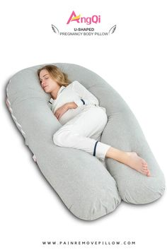 The best pregnancy pillow is not easy to find out. Maternity pregnancy pillows come in different shapes and sizes. U shaped body pillow entirely designed to get good posture of your body. Best Pillow, Perfect Pillow, Pregnancy Pillow, Good Posture, Large Pillows, Bean Bag Chair, Maternity, Bean Bag Chairs, Bean Bags