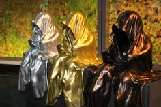 """-waechter-time-guardians-light-art-sculpture-sculptor-manfred-kielnhofer-gold-silver-bronze-Guardians of Time by Manfred Kielnhofer Mystique contemporary art sculpture Guardians of Time by the Austrian Manfred Kielnhofer observing and pretending the world. """"The Guardians of Time"""" relates to the idea that since the beginning of time mankind has had protectors, both for historic and mystical reasons."""