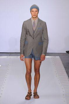 ¿Te atreves con un traje corto este verano? - TenerClase.com