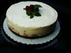 Lemonade Cheesecake on Gingersnap Crust
