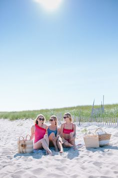 How to spend a perfect summer beach day on Nantucket + where to beach on Nantucket // Rhyme & Reason Beach Picnic, Beach Fun, Summer Beach, Nantucket Beach, Surfside Beach, Sailing Lessons, East Coast Beaches, Rhyme And Reason, Beach Shack