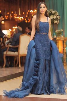 Party Wear Indian Dresses, Pakistani Wedding Outfits, Designer Party Wear Dresses, Pakistani Dresses Casual, Indian Gowns Dresses, Indian Fashion Dresses, Dress Indian Style, Pakistani Dress Design, Indian Designer Outfits