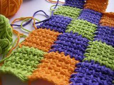 Love the way she makes an even edge rather than the jagged one I've seen with most entrelac Crochet Fall, Halloween Crochet, Crochet Cross, Knit Crochet, Tunisian Crochet Patterns, Knitting Patterns, Afghan Stitch, Crochet Blocks, Loom Knitting