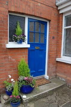 47 Hillsborough Drive, Belfast #door