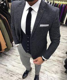 Class classy men, mens suits style, all black suit, checkered suit Mens Fashion Suits, Mens Suits, All Black Suit, Style Costume Homme, Checkered Suit, Mode Costume, Style Casual, Classy Style, Classy Men
