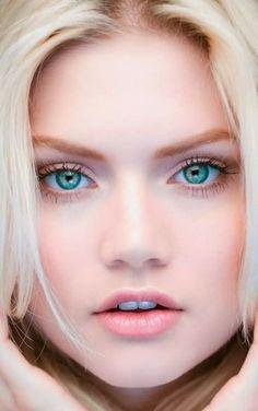 Beautiful Martina Dimitrova