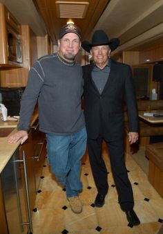 Garth Brooks and The King George Strait!!
