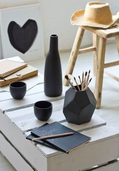 25% OFF Black geometric vase by Bloomingville — Bodie and Fou - Award-winning inspiring concept store