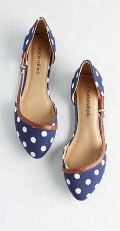 Embark on metropolitan adventure in these charming, navy-blue flats! Boasting white polka dots and a brown, vegan faux-leather buckled strap, these stellar slip-ons take you from downtown strolls to suburban excursions with graceful ease. Shoe Boots, Shoes Sandals, Shoe Bag, Flat Shoes, Cute Shoes Flats, Crazy Shoes, Me Too Shoes, Ballerinas, Shoe Closet