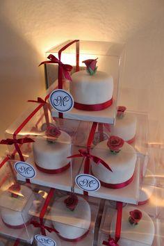 Minicake Souvenir by Violeta Glace