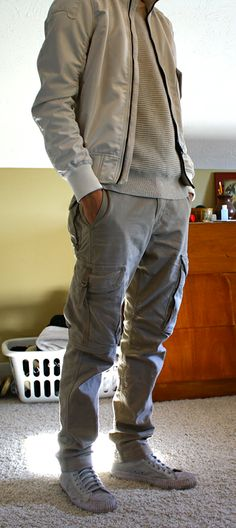 Someone's outfit on /fa/ that shows a very wearable Lunarcore collection.  The ribbed top and cargo pockets are good space-race elements and the jacket has the elasticated cuffs I've mentioned before.
