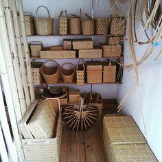 9/2 今年の展示会は全て終わったので、今月は常設分と受注分をもくもくと作って、作って、作るのみ。  #竹かご