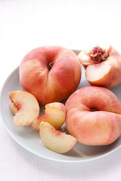 food styling :: peach...