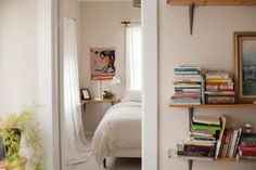 House Tour: A Scandinavian-Inspired Oakland Rental | Apartment Therapy